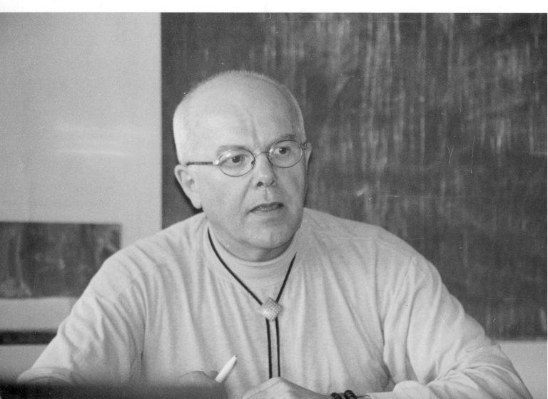 doc. Jozef Piaček počas prednášky na Univerzite Komenského
